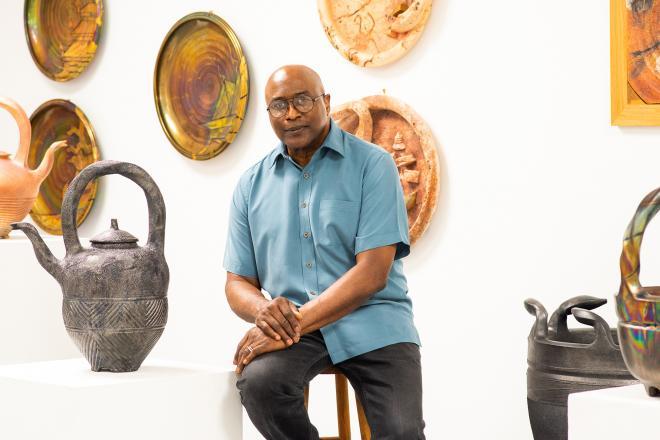 Studio portrait of James C. Watkins. Photo by Bonni Oakes. Courtesy Houston Center for Contemporary Craft.