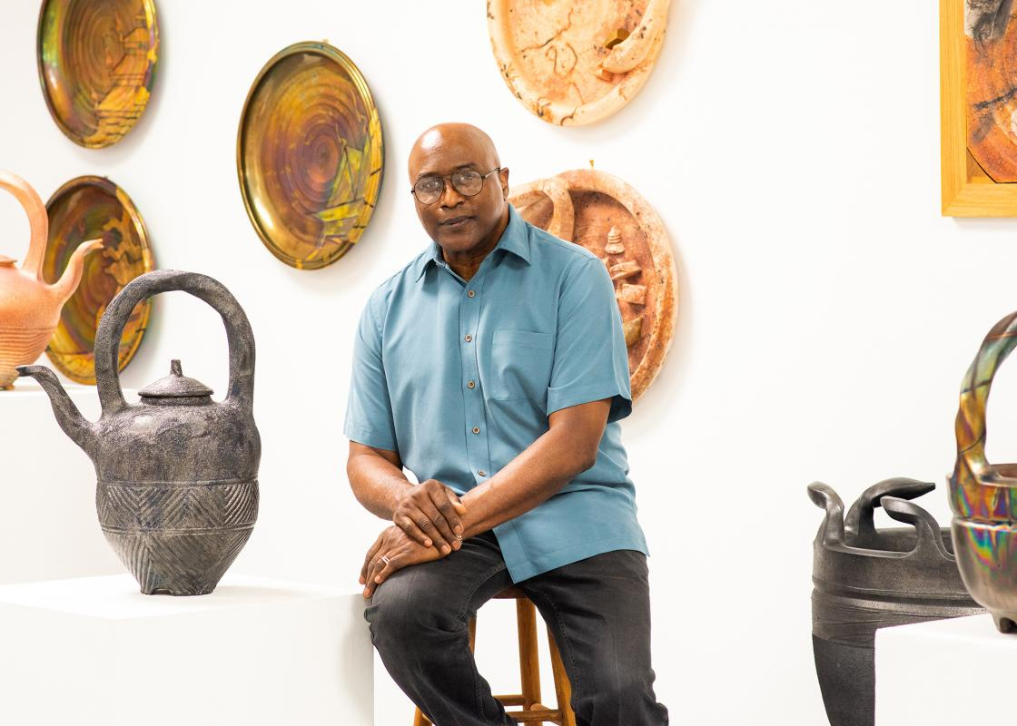 Studio portrait of James C. Watkins. Photo by Bonni Oakes. Courtesy Houston Center for Contemporary Craft.