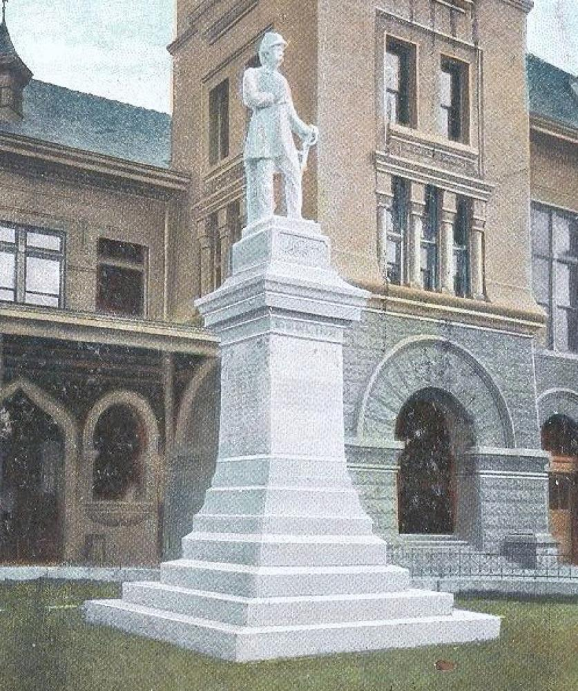 Frank Teich, Dick Dowling (1905). Marble, height 30' (including granite base), as installed in Market Square.