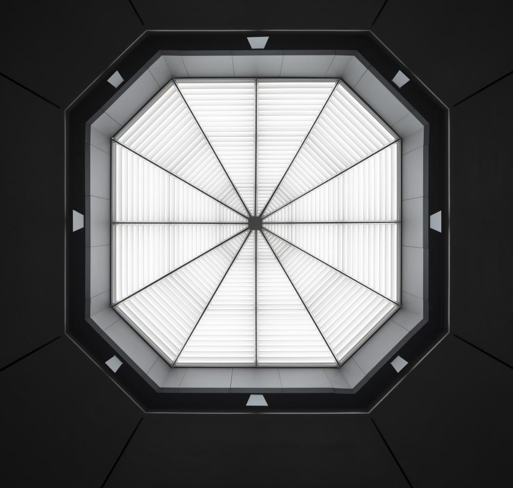 Rothko Chapel skylight. © Elizabeth Felicella.