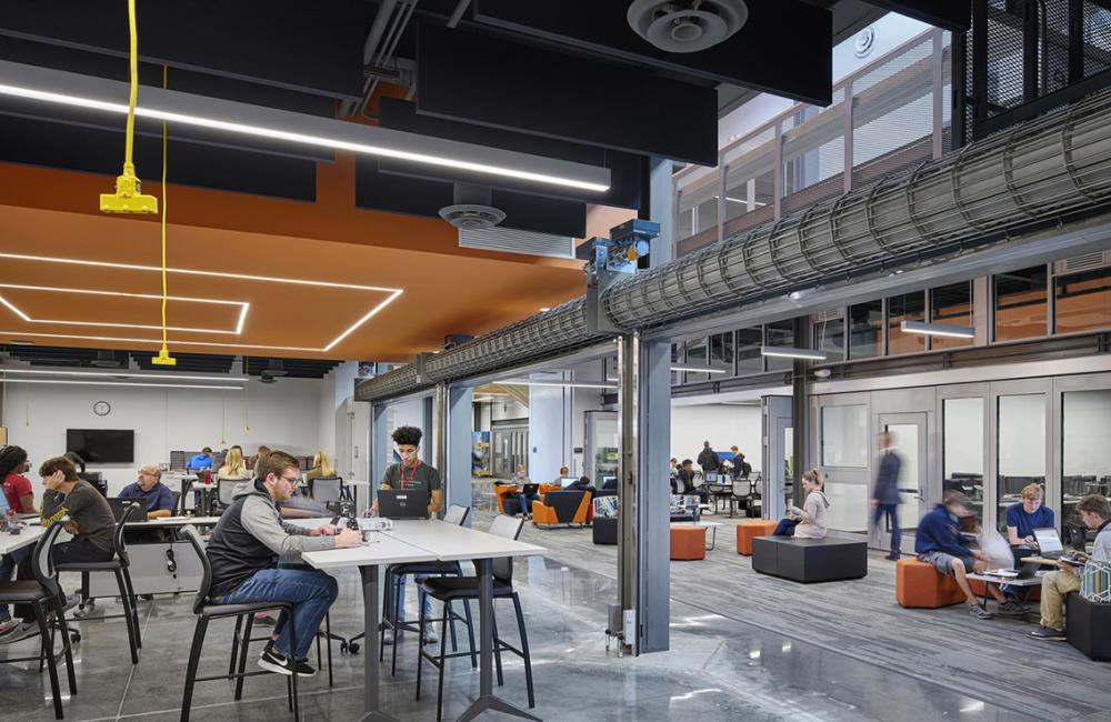 Missouri Innovation Campus classroom, 2017. Photo ©Michael Robinson, courtesy DLR Group.