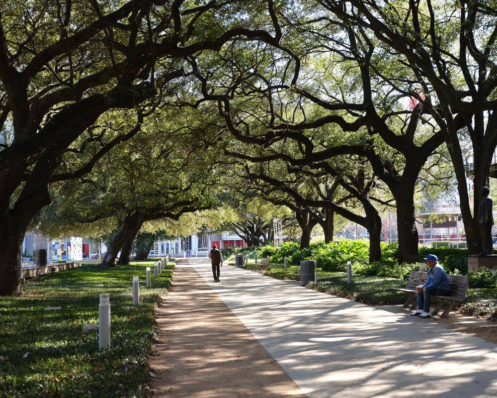 Discovery Green. Photo by Leonid Furmansky.