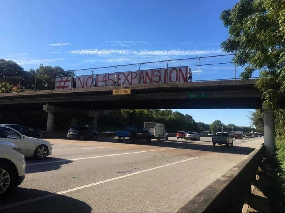Photo via Stop TxDOT I-45.