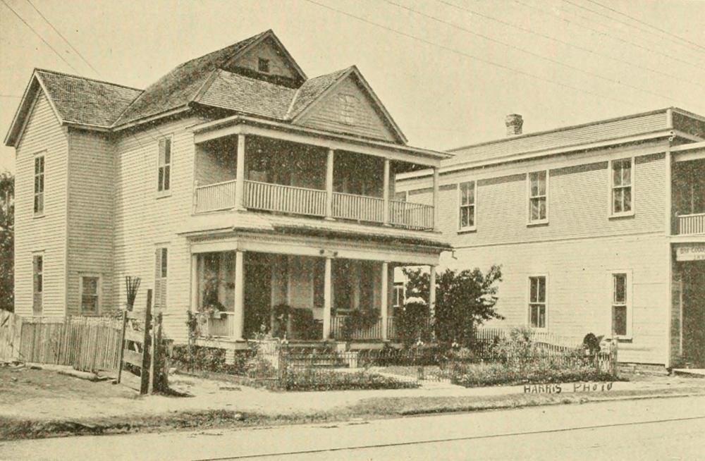 Dr. E. B. Ramsey family residence, 417 San Felipe Street, now West Dallas Street. Courtesy Woodson Research Center.